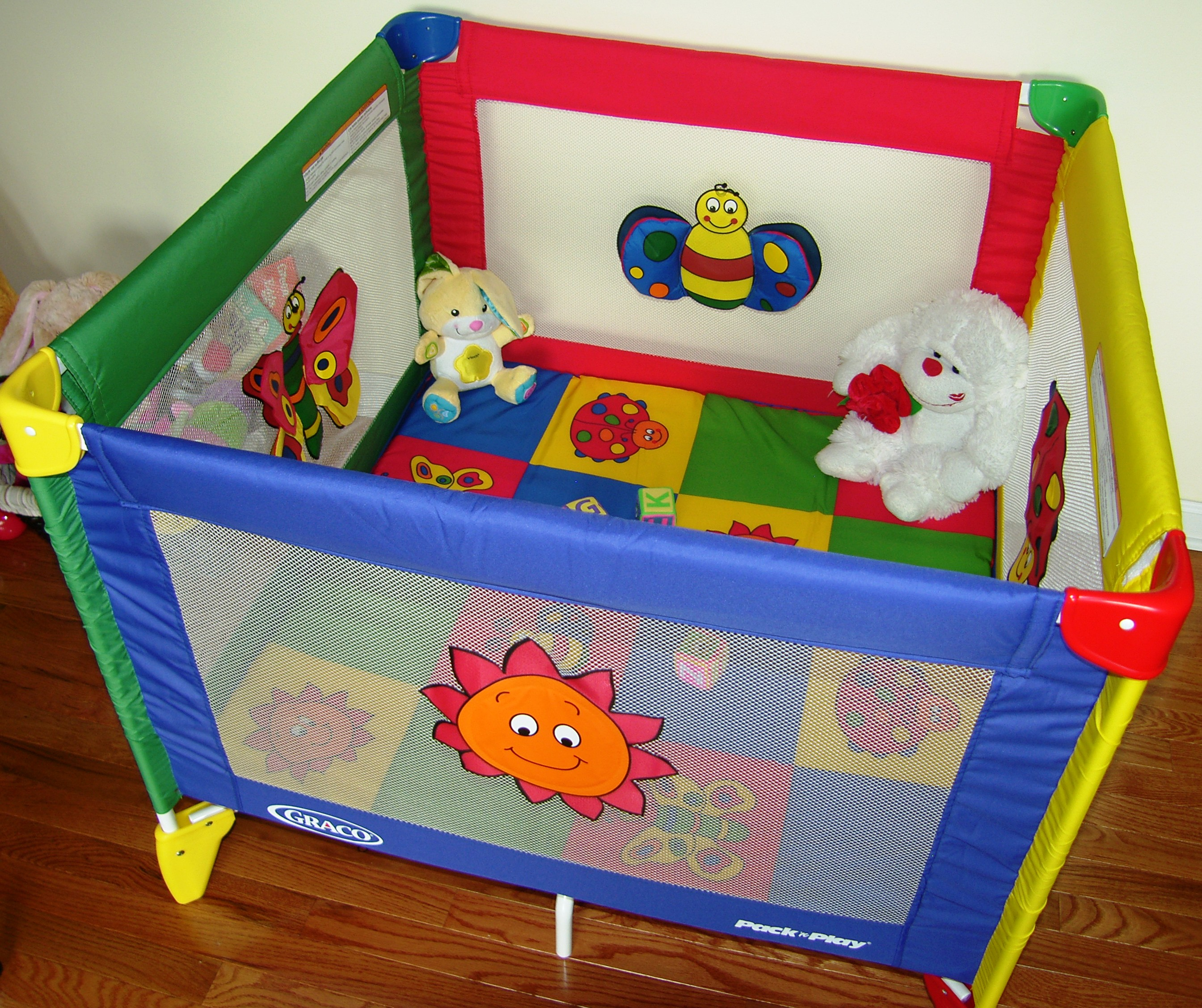 Full Size Old Fashion Play Pen For Babies